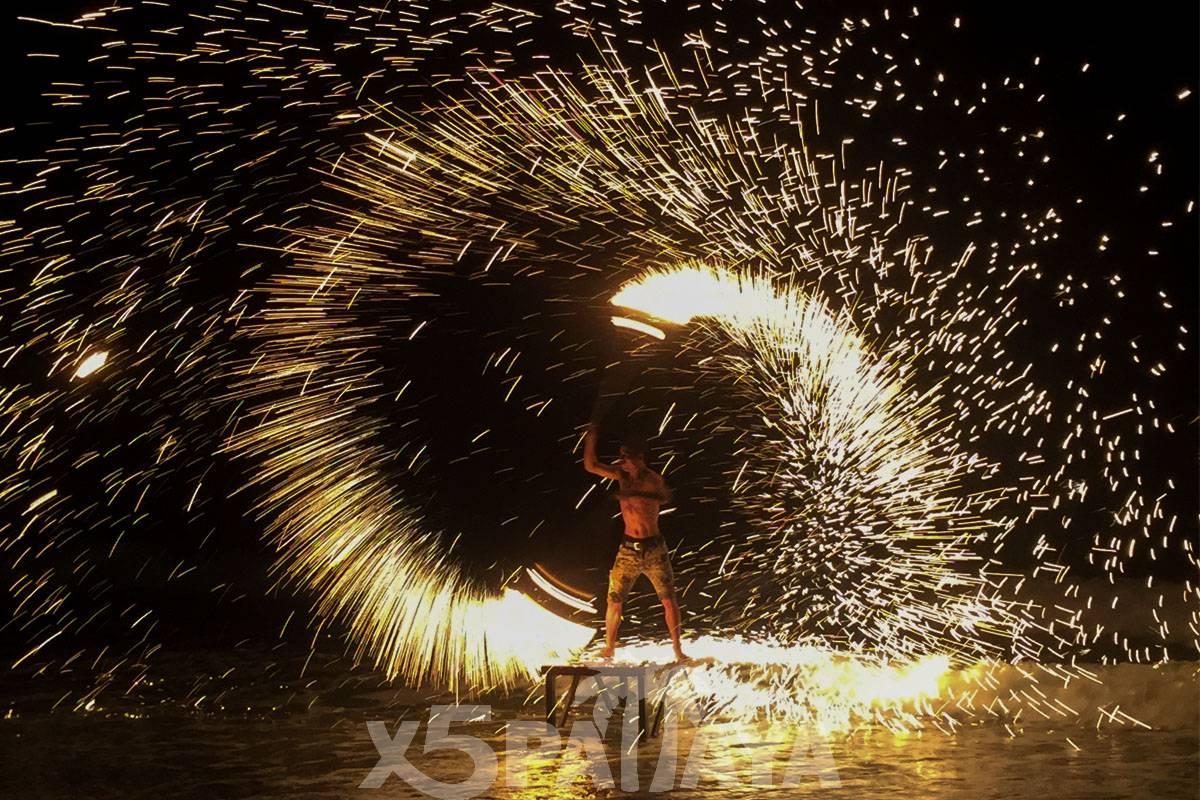 фото шоу огней