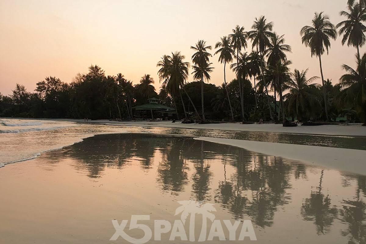 фото пляжа на закате